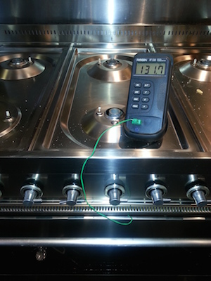 Temperature Check on a Britannia Range Cooker